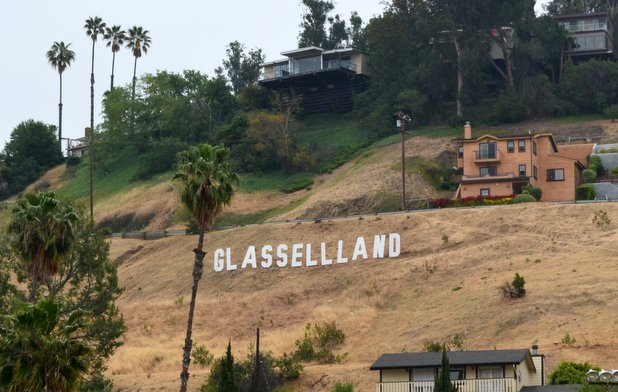 Glassellland sign in new location 4-29-2013 11-04-52 PM