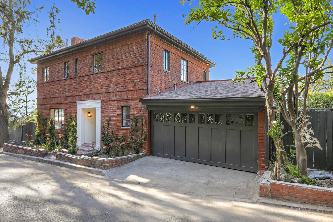 Tracy Do Real Estate presents 3421 Landa St, a gorgeous remodeled traditional home in Silver Lake, Los Angeles, CA