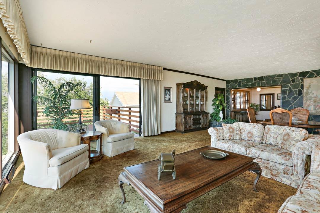 Tracy Do Mt Washington Home for Sale