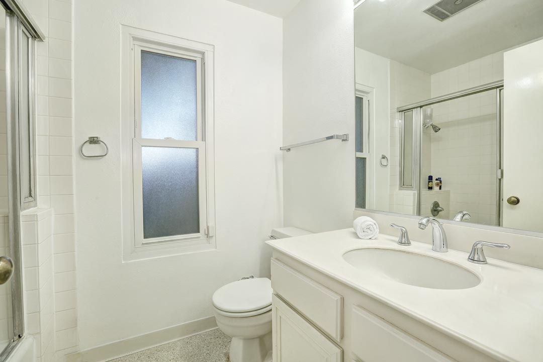 121 S Wilson Ave #104 Pasadena Tracy Do Condo for Sale
