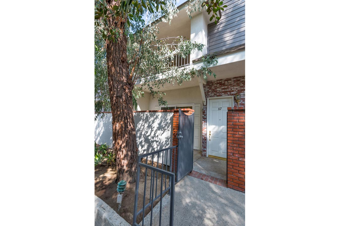 10201 Mason Ave #67 Chatsworth Condo for Sale Tracy Do