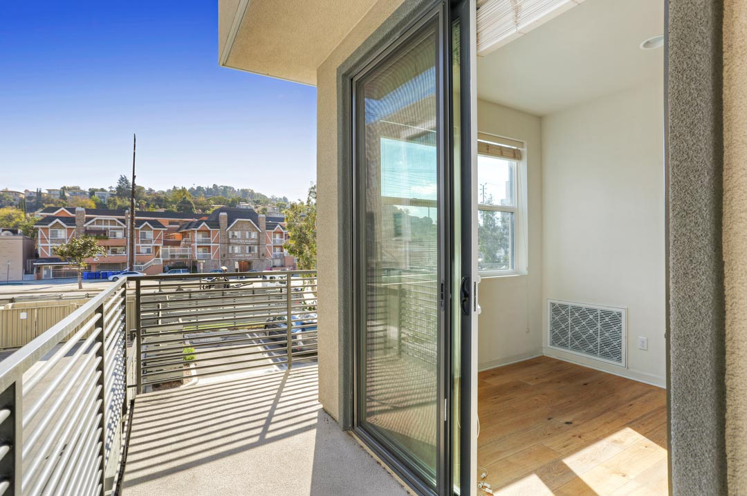 3943 Eagle Rock Blvd #44 Glassell Park NELA Union Home for Sale Tracy Do