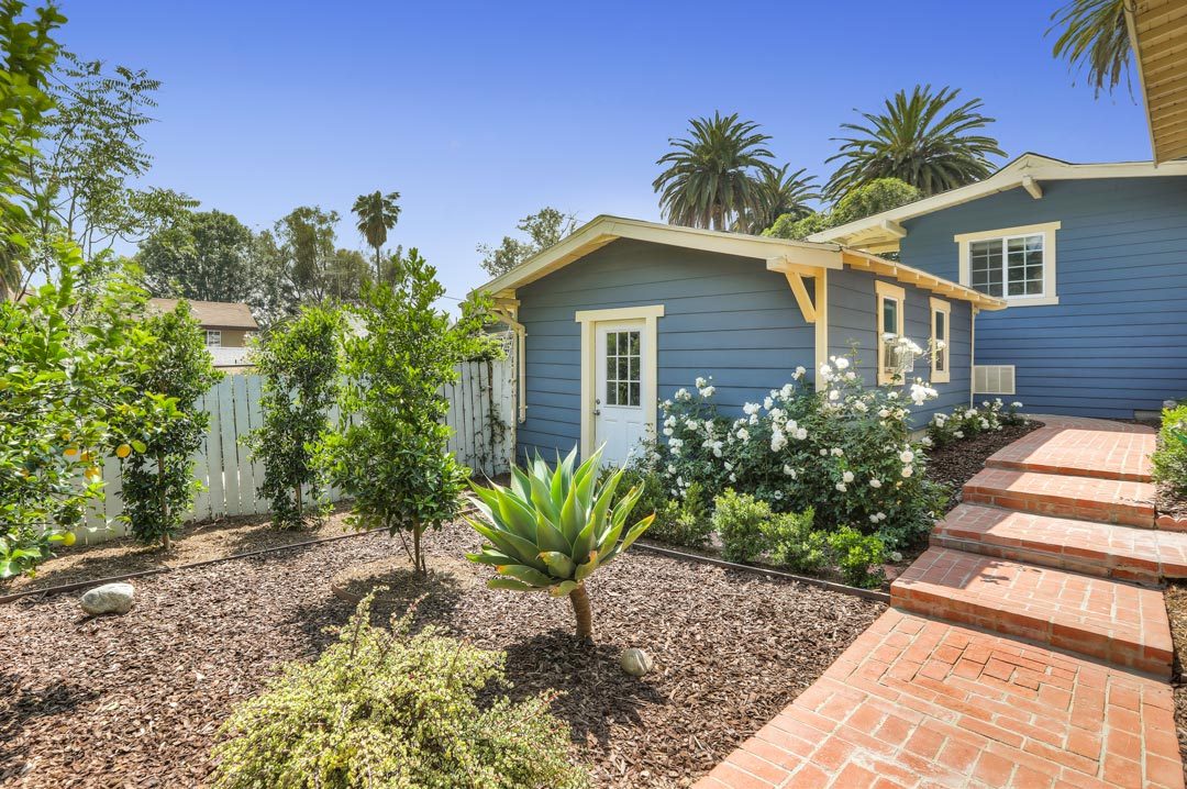 976 Sanborn Ave Silver Lake Home for Sale Tracy Do Compass