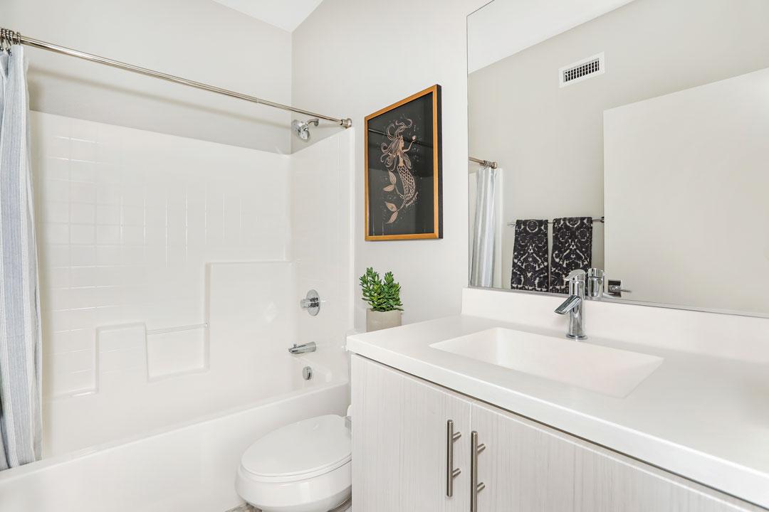 3941 Eagle Rock Blvd #40 Glassell Park NELA Union Home for sale Tracy Do Compass