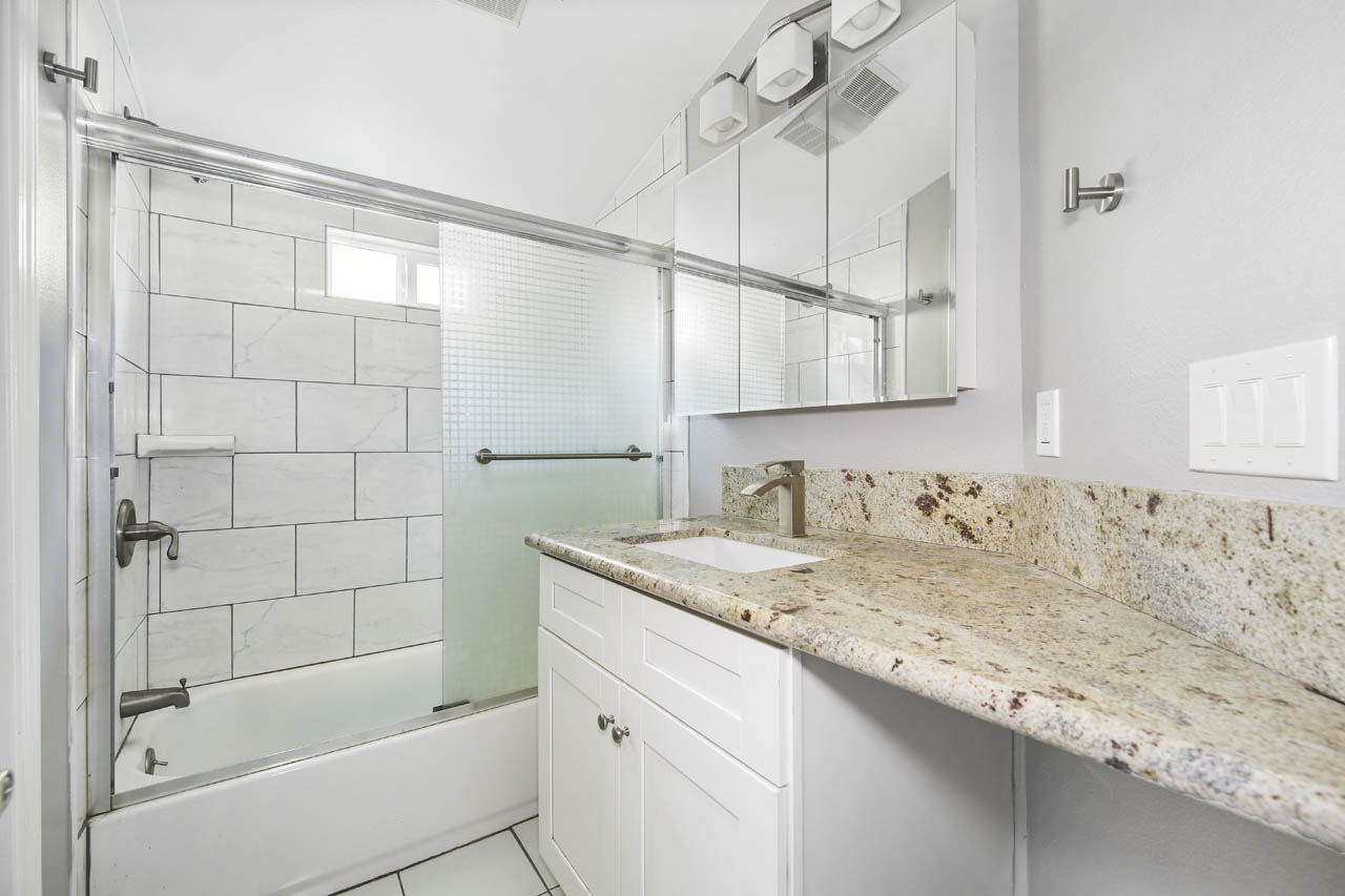 318 1/2 Parkman Ave Los Angeles Home for Lease Tracy Do Compass Real Estate