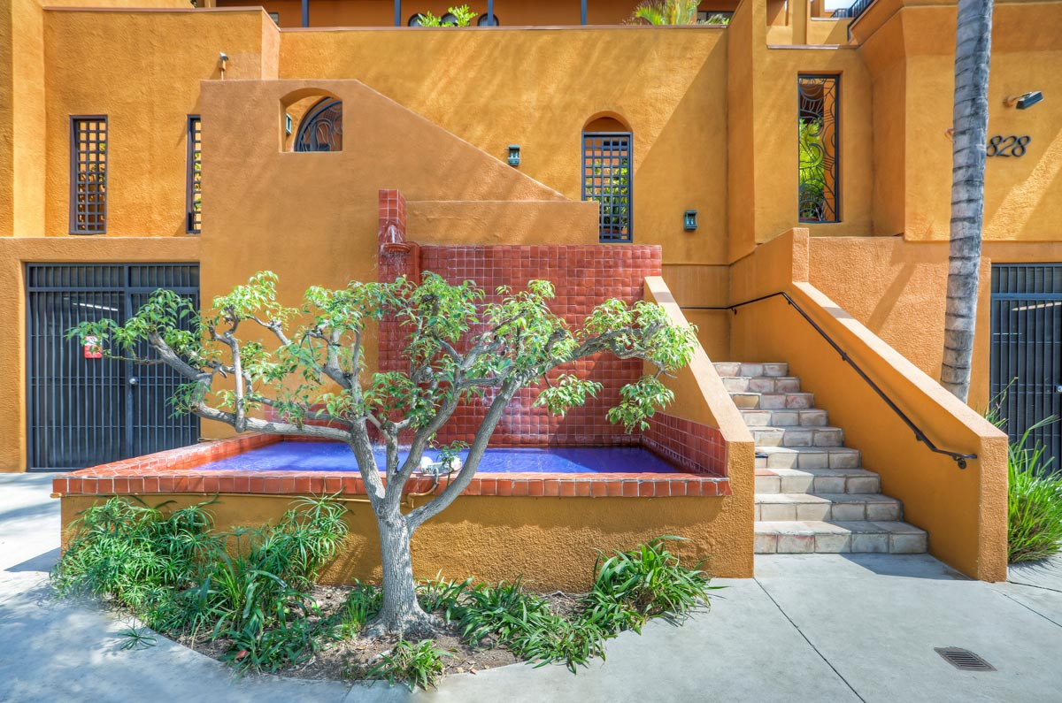 828 N Hudson Ave #215 Hollywood Condo for Sale Tracy Do Compass