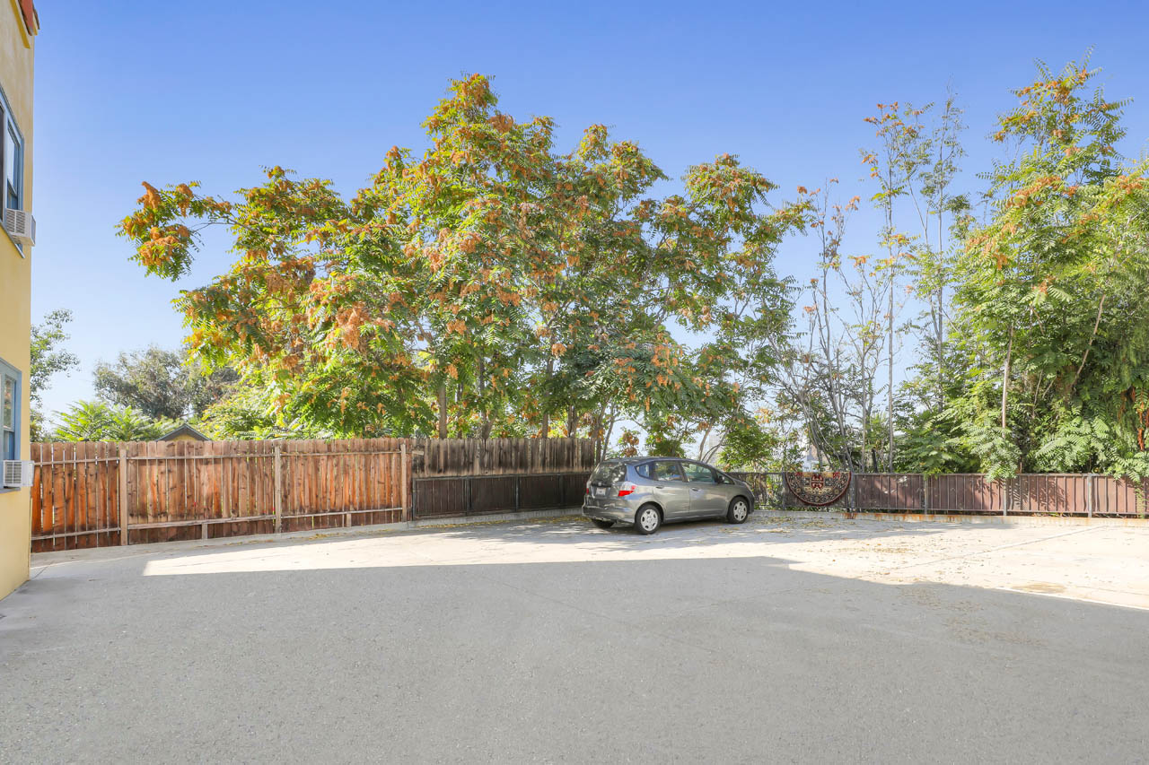 1124 1/2 W Kensington Rd Angelino Heights Echo Park Apartment for Rent