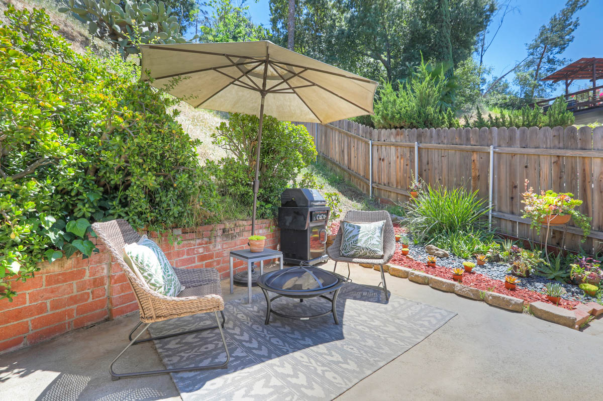 4938 La Roda Ae Eagle Rock Home for Sale Tracy Do Compass