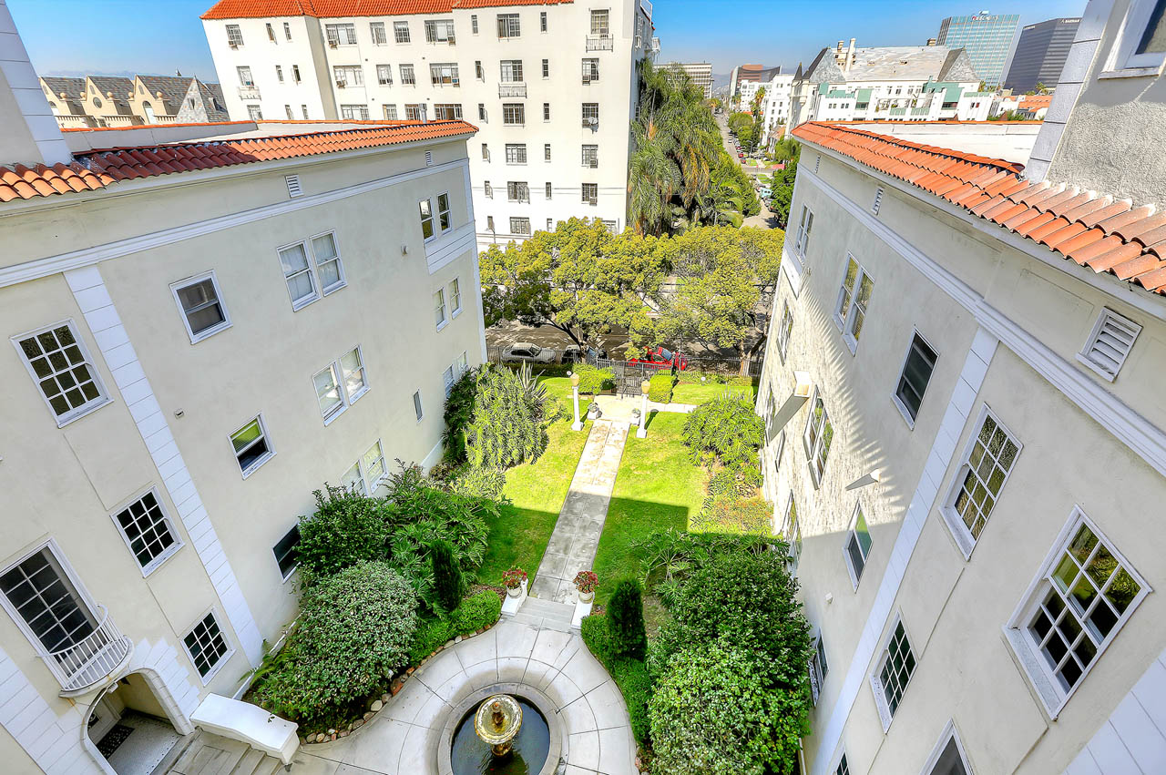 3400 San Marino St #C 90006 Koreatown Condo for Sale Tracy Do Compass