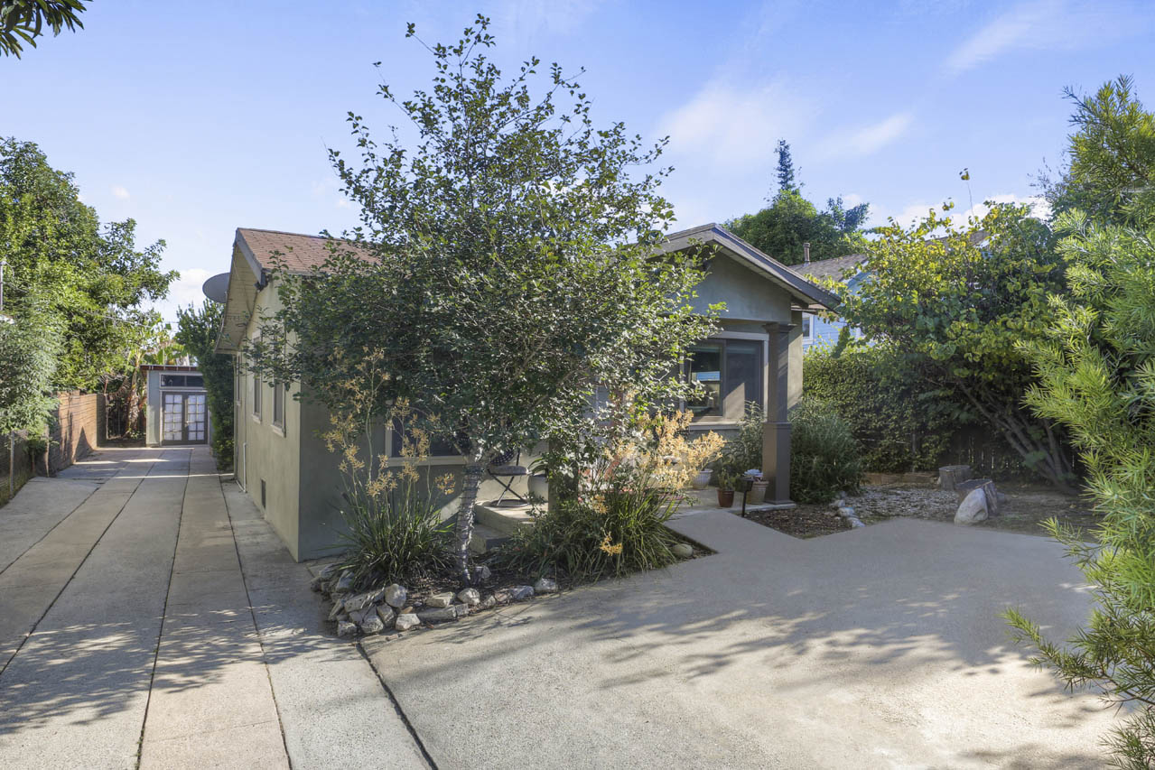 6100 Ruby Pl Highland Park duplex for Sale Tracy Do Compass Real Estate