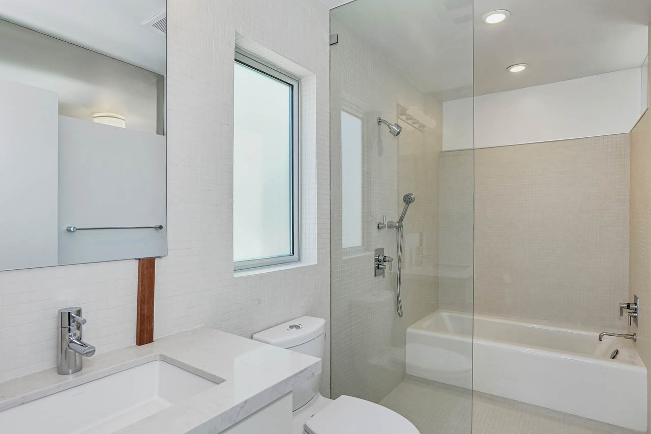 1113 1/2 Laveta Ter Echo Park Apartment for Rent Tracy Do Compass Real Estate