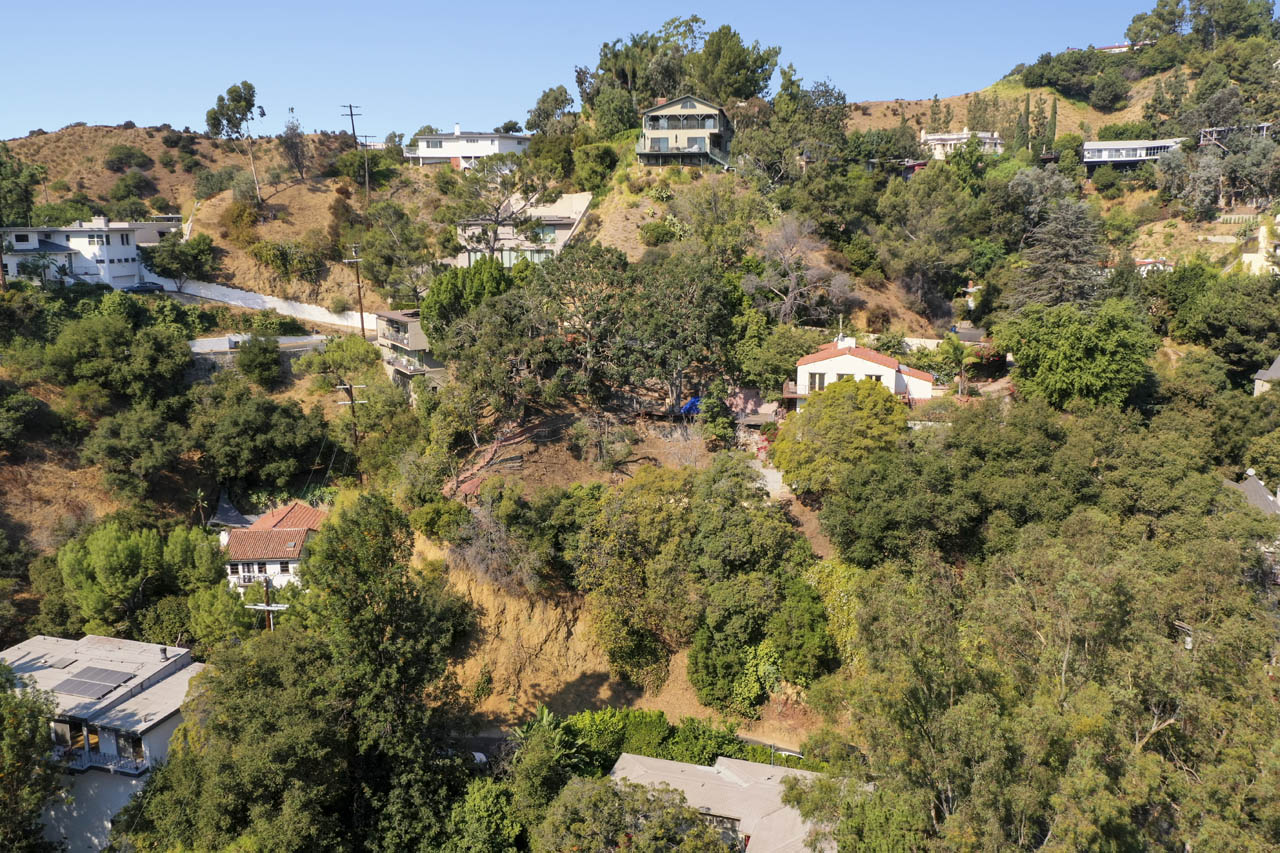 3015 Belden Dr Beachwood Canyon Land for Sale Tracy Do Compass