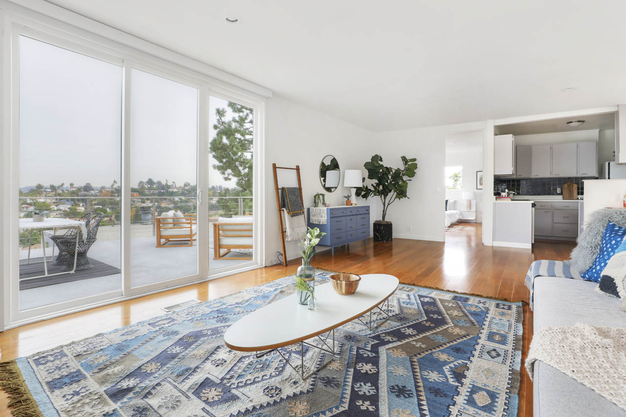 2447 Kenilworth Ave Silver Lake Home for Sale Tracy Do Compass Real Estate