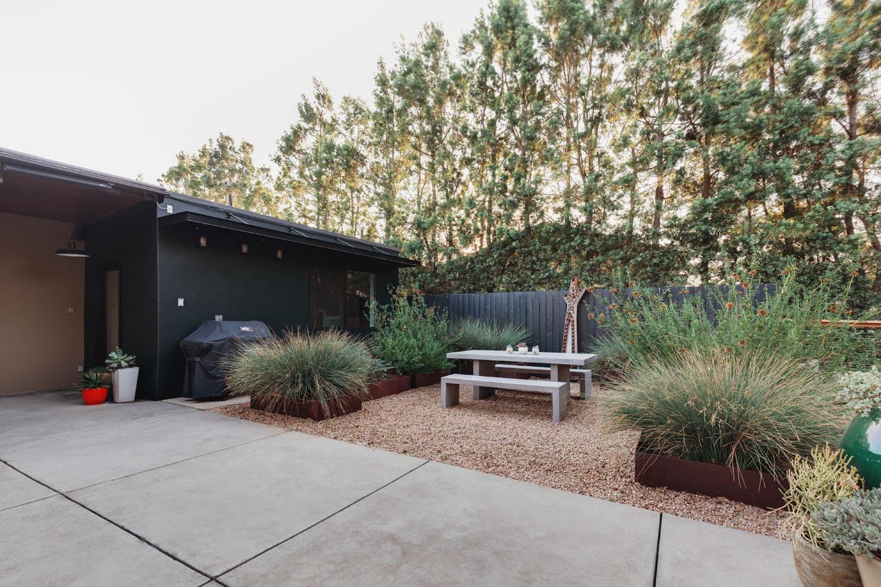 521 N Alt Vista Ave Monrovia Mid-Century Modern Home for Sale Tracy Do Compass Real Estate
