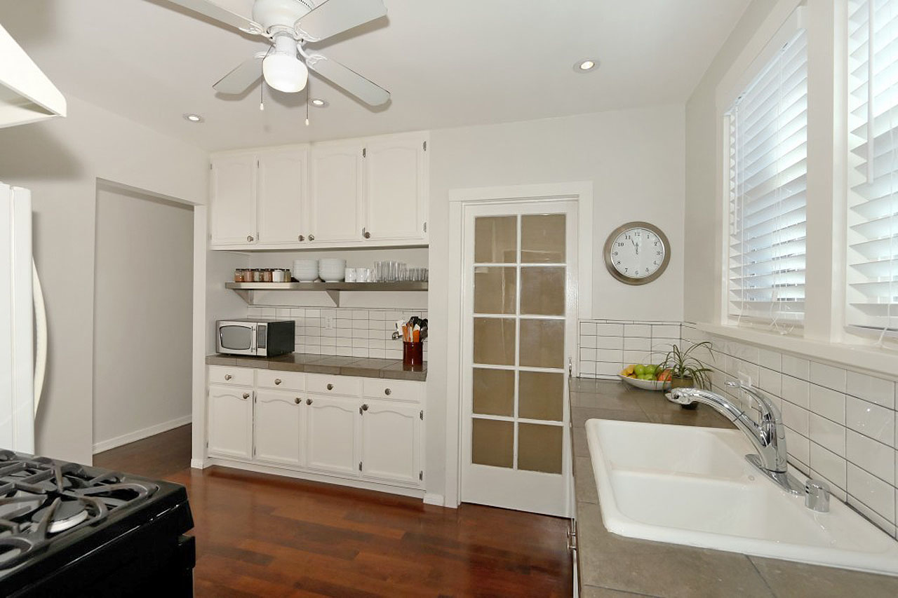 4241 Gateway Ave Silver Lake Apartment for Lease Tracy Do Compass Real Estate