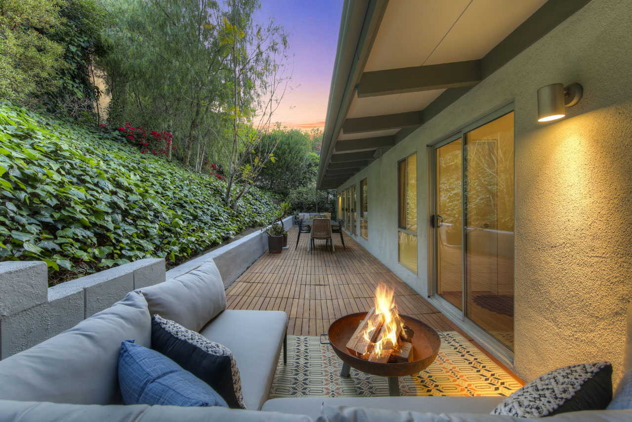 2001 Balmer Dr Silver Lake Home for Sale Tracy Do Compass