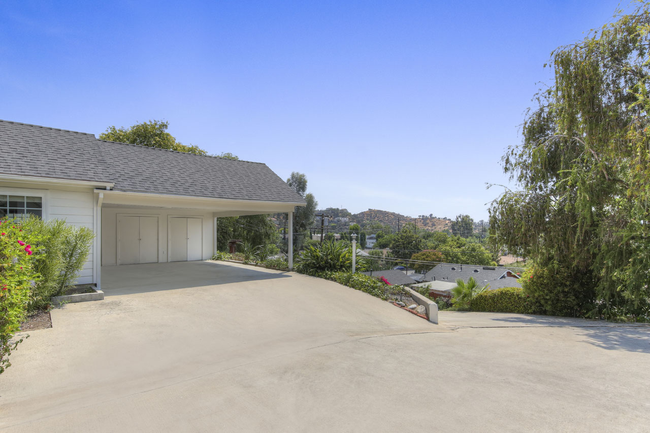 4834 Ray Ct Eagle Rock Home for Sale Tracy Do Compass Real Estate