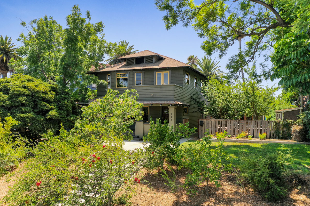933 & 939 E Edgeware Rd Angelino Heights Home for Sale Tracy Do Compass