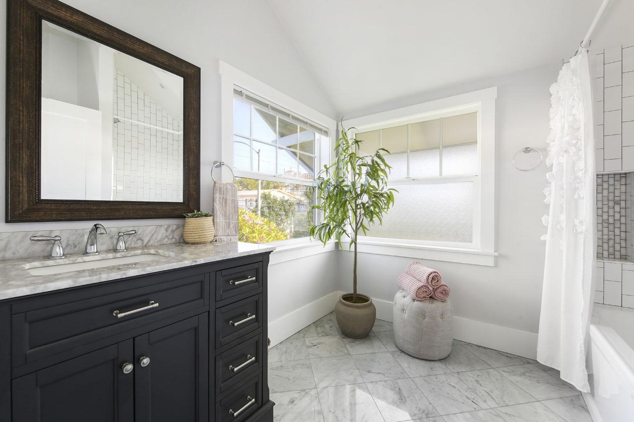827 N Coronado St Silver Lake Triplex for Sale Tracy Do Compass Real Estate