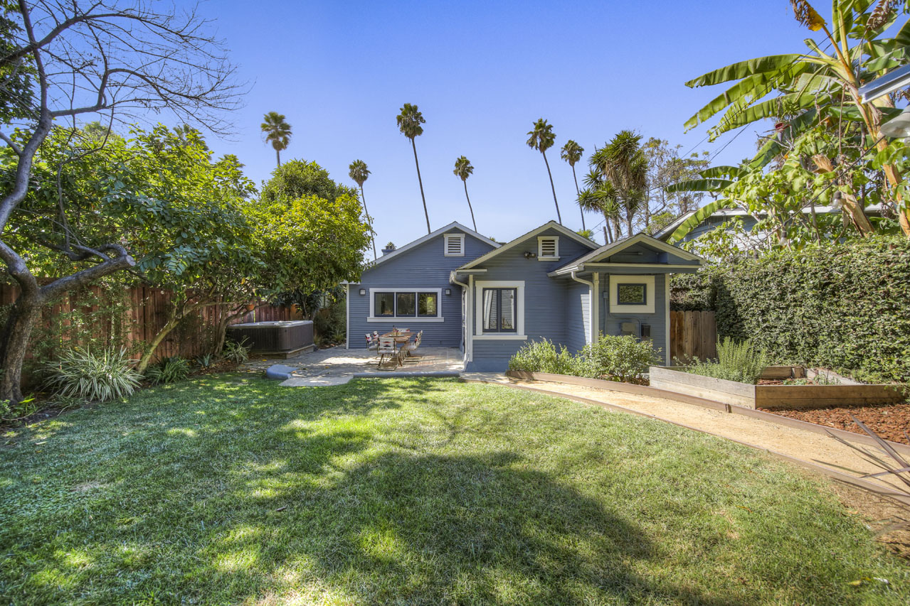 1342 N Benton Way Silver Lake Home for Sale Tracy Do Compass Real Estate