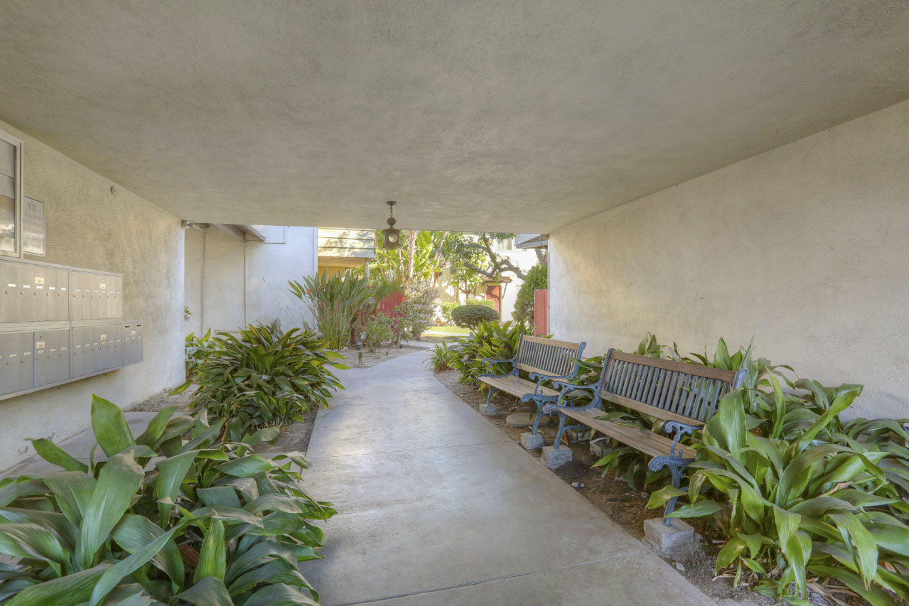 241 S Ave 57 #131 Highland Park Home for Sale Tracy Do Compass Real Estate