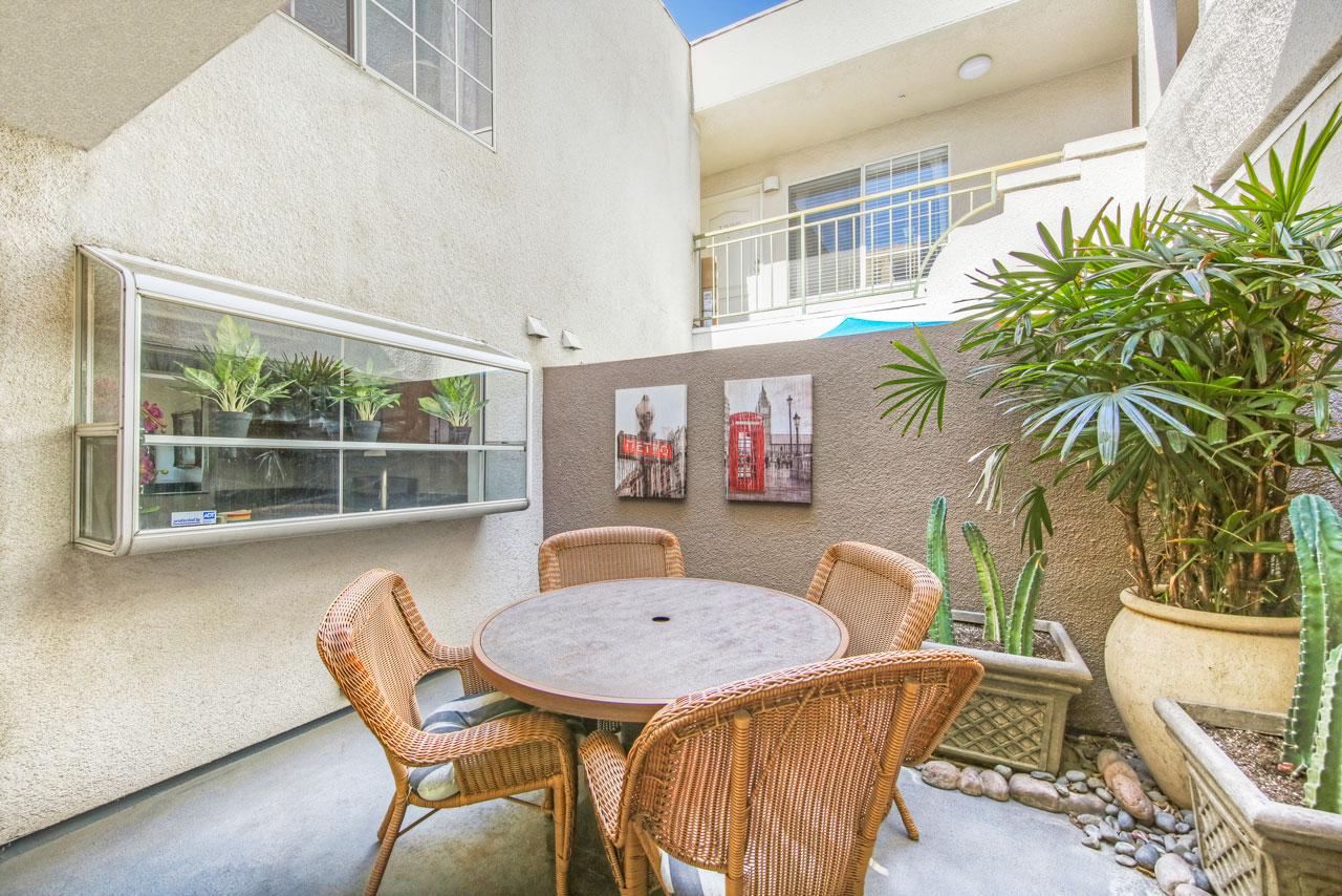 4750 Templeton St #1221 El Sereno Condo for Sale Tracy Do Compass Real Estate