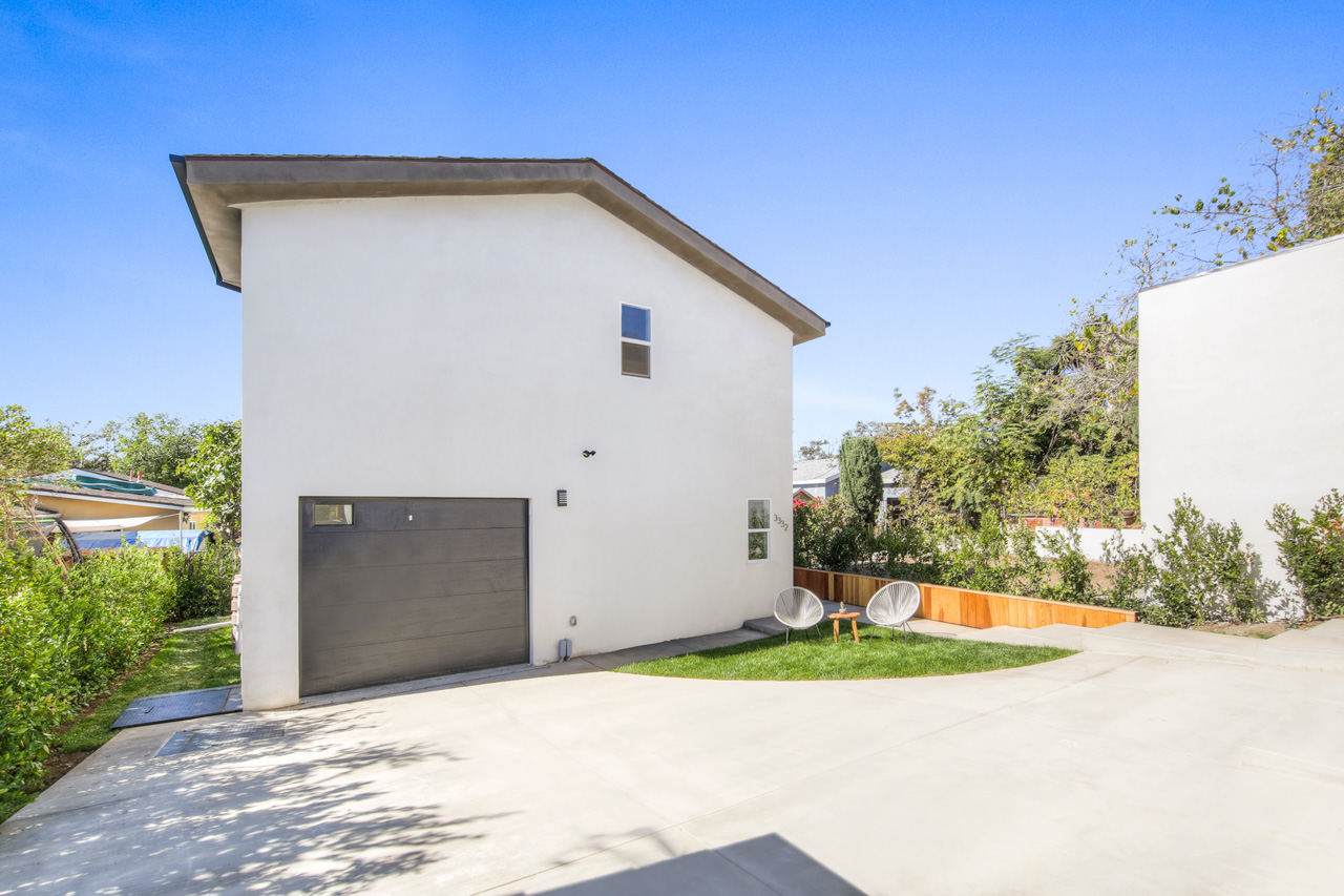 3334 Madera Ave Atwater Village Home with ADU for Sale Tracy Do Compass Real Estate